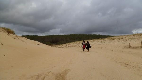 Avec ma tante, un dernier au revoir sur la plage des Casernes ( Lacanau ) le 19 mars 2012.