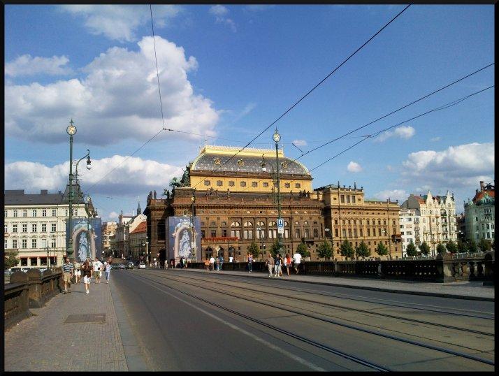 La station Narodni