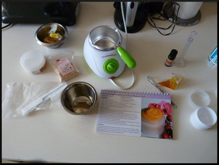 Le matériel pour la préparation de mon gommage maison