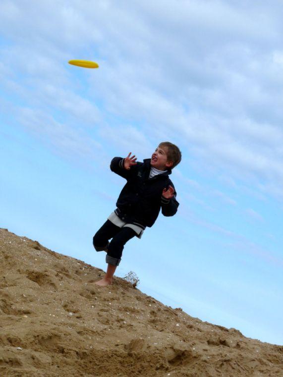 """Mon cousin s'apprête à attraper le frisbee ^^ Mode """"sports"""""""