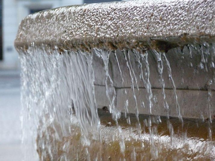 Fontaine parisienne....Mode priorité vitesse