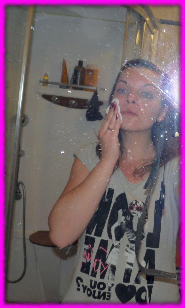 Le miroir est cradingue :-/