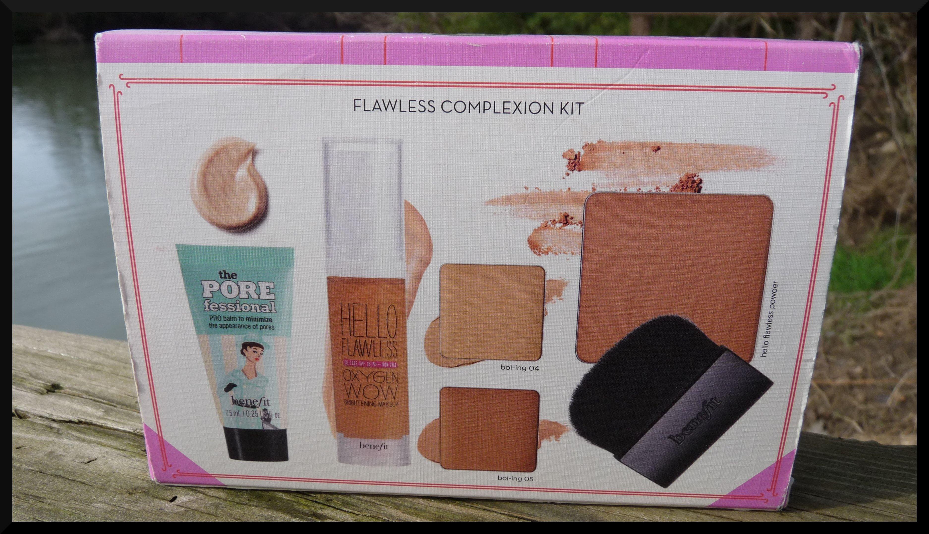 benefit le kit pour un maquillage z ro d faut. Black Bedroom Furniture Sets. Home Design Ideas