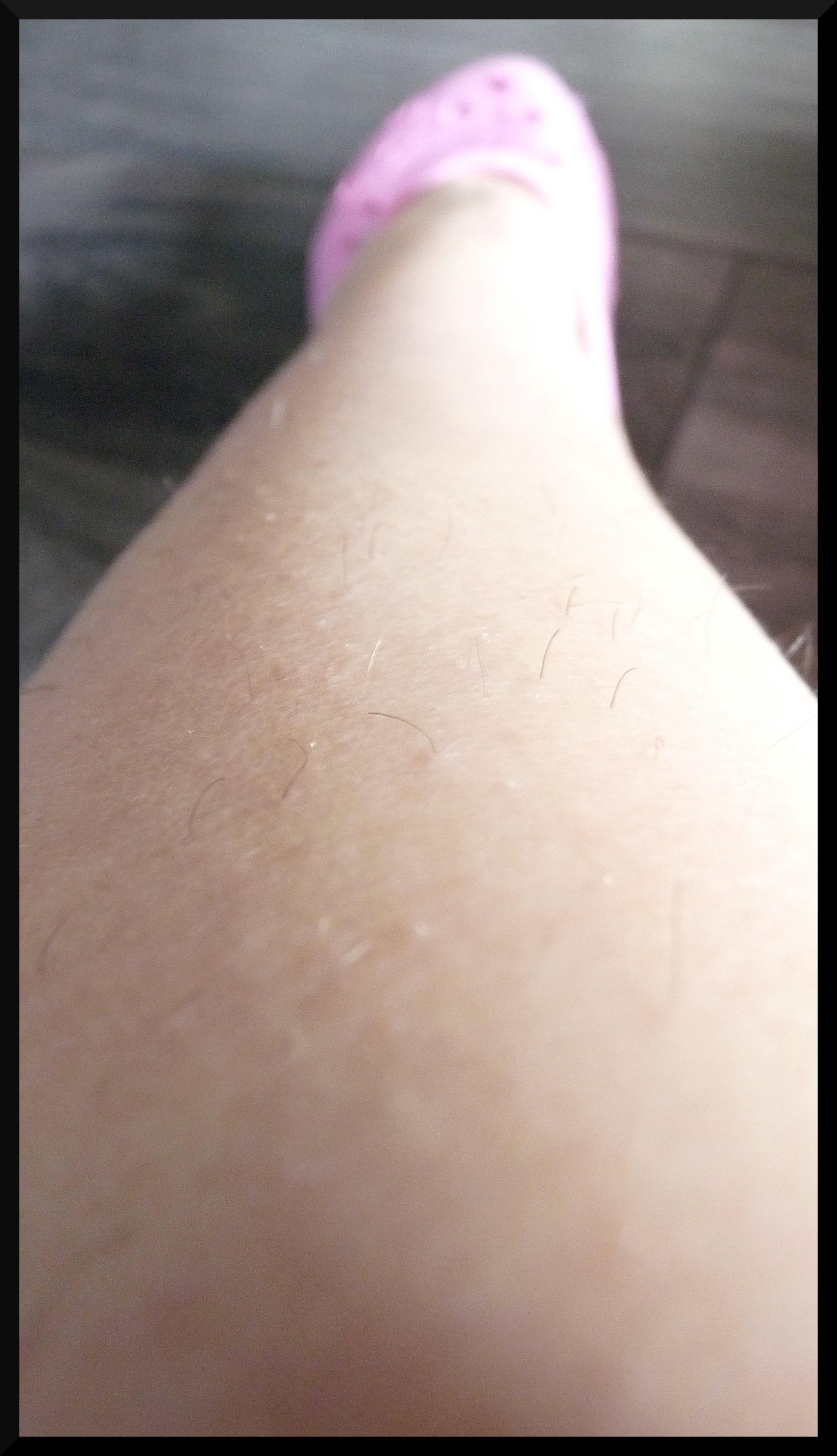 TADAAAAAM ! Mes jambes pas épilées !