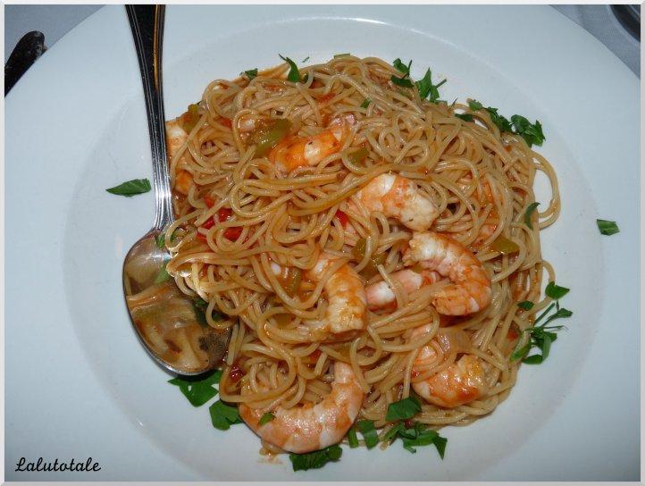 Crète Maroulas ouzo kri-kri spaghettis